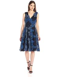 Vera Wang Sleeveless 3d Lace Cocktail Dress With Double V Neck - Blue