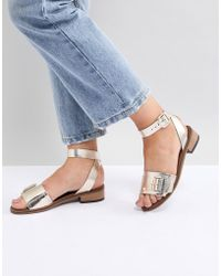 H by Hudson - Leather Flat Sandals - Lyst