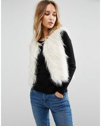 First & I - Copped Faux Fur Gillet - Lyst