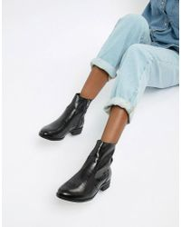 8eff7b9f8853 Lyst - PrettyLittleThing Faux Croc Block Heel Boots In Black in Black
