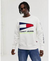 d6fc21dc0 Tommy Hilfiger - 90s Sailing Capsule Flag Logo Crew Neck Sweatshirt In  White - Lyst