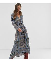 Stradivarius Midi-jurk Met V-hals In Multikleuren - Blauw