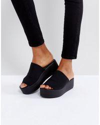 Steve Madden - Slinky Black Flatform Sandals - Lyst