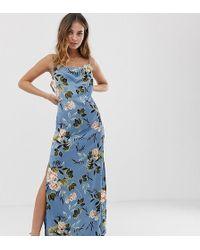 82815075b93a Missguided - Vestito lungo in raso blu a fiori con scollo ad anello e spacco  laterale