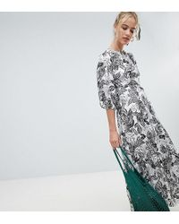 dd43894893dc Reclaimed (vintage) - Inspired Mono Print Maxi Dress With Open Back - Lyst
