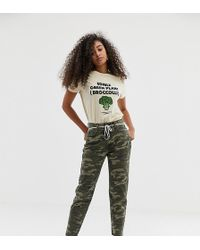 6835bbdcf64f0 Women's Pull&Bear Pants - Lyst