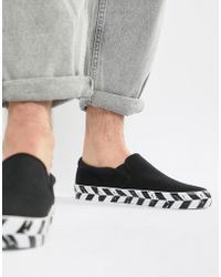 ASOS - Design Slip On Plimsolls In Black Canvas With Diagonal Checkerboard Sole - Lyst