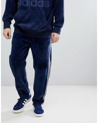 adidas Originals - Adicolor Velour Joggers In Tapered Fit In Navy Cw4916 - Lyst