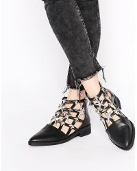 E8 - Nelly Cut Out Star Embellished Ankle Boots - Lyst
