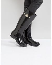 Versace - Jeans Patent Welly Boot With Gold Button Detail - Lyst