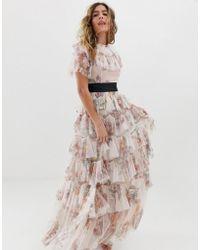 9efa31034632 Needle   Thread - Vestito lungo rosa quarzo a fiori con balze e fascia in  vita