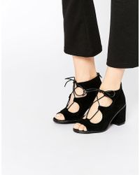 Oasis - Lace Up Block Heeled Sandal In Suede - Lyst