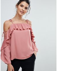 d5e089ee459 Lipsy - Pleated Cold Shoulder Top - Lyst