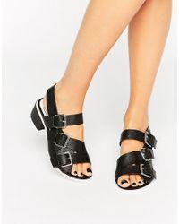 E8 - Lima Black Buckle Detail Sandals - Lyst