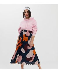 0771f0392 Lyst - ASOS Pleated Skirt In Satin With Camo Print in Black