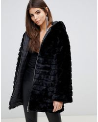 Lipsy - Reversible Faux Fur Puffer Jacket With Hood In Black - Lyst