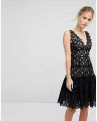 Aijek - Midi Dress In Scallop Lace With Peplum Hem - Lyst