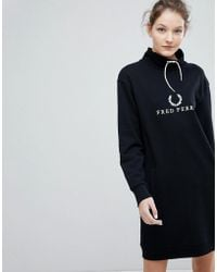 Fred Perry - Wreath Logo Hooded Dress - Lyst