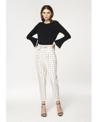Paisie - Checked Peg Leg Trousers In White And Black (with Self Belt) - Lyst