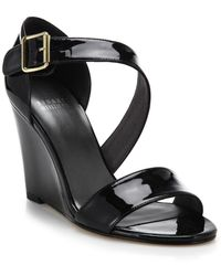 Stuart Weitzman Patent Leather Wedge Sandals black - Lyst