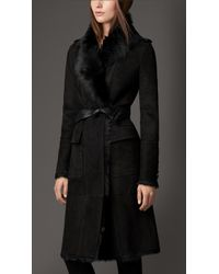 Burberry Reverse Collar Shearling Coat - Lyst