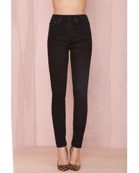 "Nasty Gal Denim €"" The Kink Skinny In Sabbath Black - Lyst"