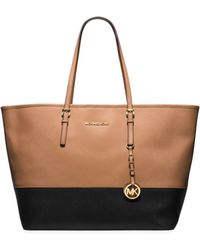 Michael Kors Jet Set Travel Medium Color-block Saffiano Leather Tote - Lyst