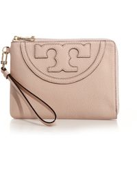 Tory Burch All-T Large Zip Wristlet - Lyst