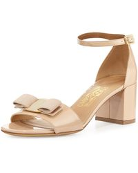 Ferragamo - Gavina Bow Patent City Sandals - Lyst