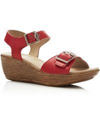 Munro - Marci Buckle Wedge Sandals - Lyst