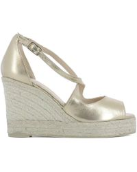 Castaner - Women's Gold Leather Wedges - Lyst