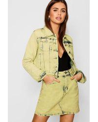 febe4819318 Boohoo Mustard Cropped Oversized Denim Jacket - Lyst