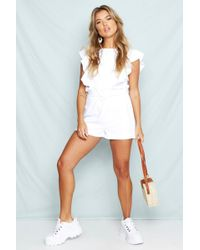 b9e394476a1b0 Boohoo Freya Paper Bag Waist Tailored Shorts in Natural - Lyst