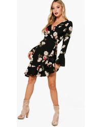 Boohoo | Vera Ruffle Detail Floral Woven Tea Dress | Lyst