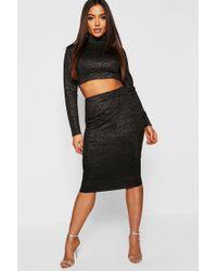 68809fe87 Boohoo High Shine Metallic Midi Skirt in Black - Lyst