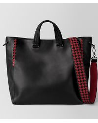 Bottega Veneta - Nero/china Red Calf Intrecciato Checker Bv Tote - Lyst