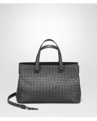 Bottega Veneta - Medium Top Handle Bag In New Light Grey Intrecciato Nappa - Lyst
