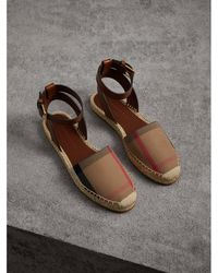 Burberry - Leather And House Check Espadrille Sandals - Lyst