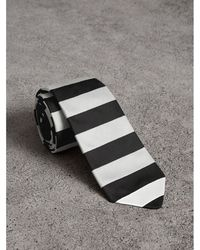 Burberry - Slim Cut Striped Silk Twill Tie - Lyst