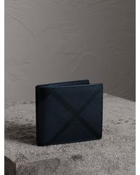 Burberry - London Check International Bifold Wallet Navy/black - Lyst