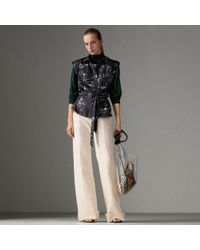 Burberry - Landmark Print Sleeveless Silk Shirt - Lyst
