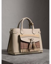 Burberry - The Medium Banner In Leather With Fringed Pocket - Lyst