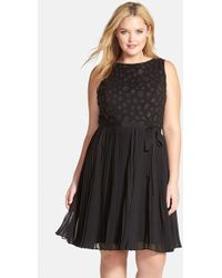 Adrianna Papell Applique Fit & Flare Cocktail Dress - Lyst