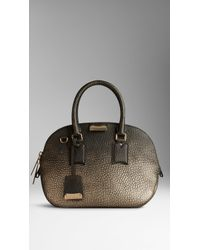 Burberry The Small Orchard in Metallic Signature Grain Leather - Lyst