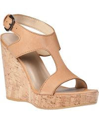 Stuart Weitzman Purity Wedge Sandal Pecan Leather - Lyst