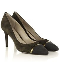 Lola Cruz Metallic Court Shoe - Lyst