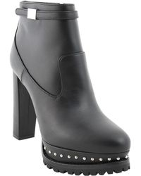 Alexander McQueen Wolf-Ankle-Boot black - Lyst