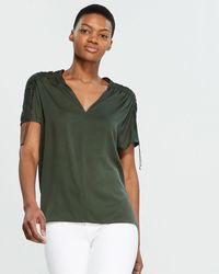 24b07c7ea066b Vince - Shirred Short Sleeve Silk-blend Blouse - Lyst