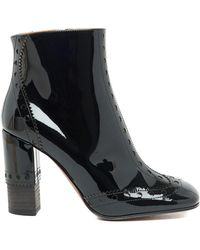 96dd0a3e24ca Chloé Perry Patent Leather Ankle Boots in Black - Lyst