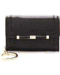 Diane Von Furstenberg 440 Flap Card Key Holder Black - Lyst